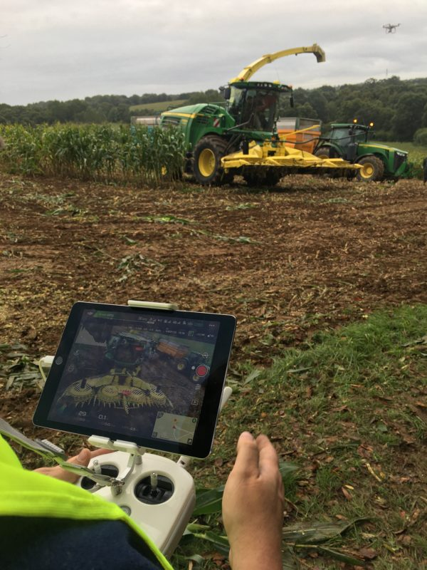 drone-aero-nautic-formation-ensilage-mais-agriculture-culture